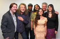 With Deborah Rose and Band plus a special guest; Robert Plant. (Band - Kadialy Kouyate, Mendi Singh, Simon and Catherine Harper)